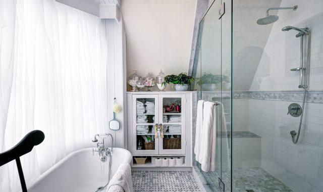 Amber Bath 4
