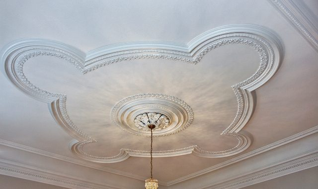 Restored Plaster Ceiling in Livingroom